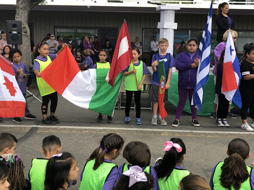 Third grade flag bearers